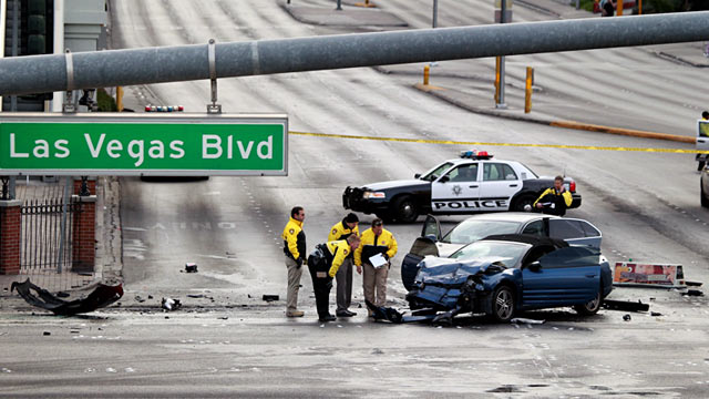 PHOTO: Police investigate accident