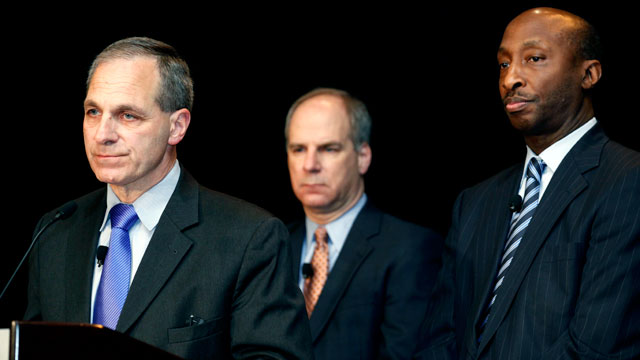 PHOTO: Former FBI director Louis Freeh, left, answers questions during a press conference to announce Freeh will lead an independent investigation into allegations of child abuse at Penn State on Nov. 21, 2011.