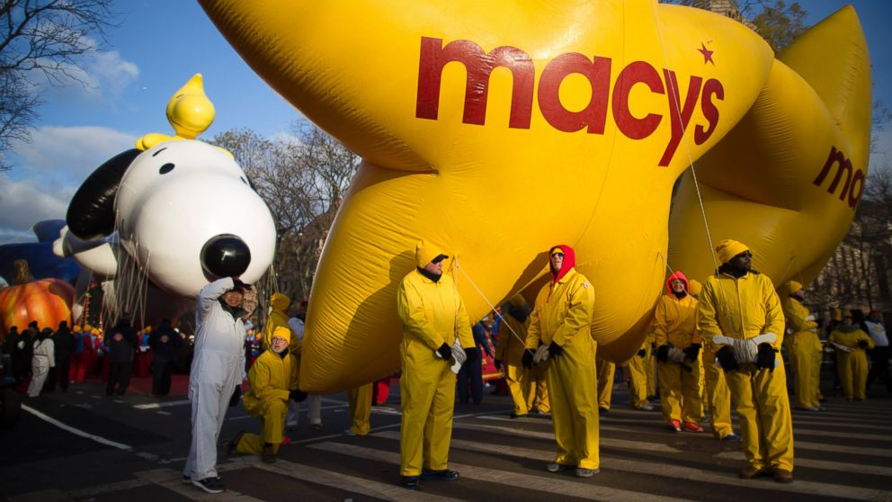Men Dancing in Drag Angers Some Thanksgiving Day Parade Watchers