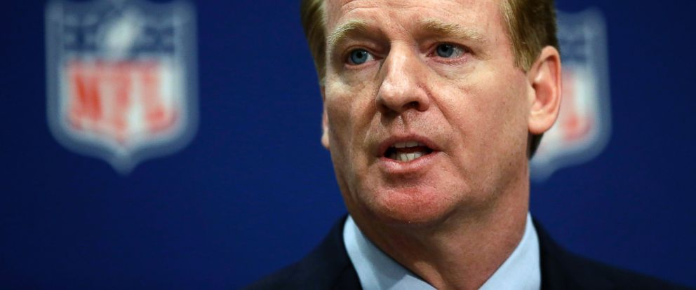 PHOTO: NFL Commissioner Roger Goodell speaks at a news conference at the NFLs spring meeting in Atlanta, Ga. on May 20, 2014.