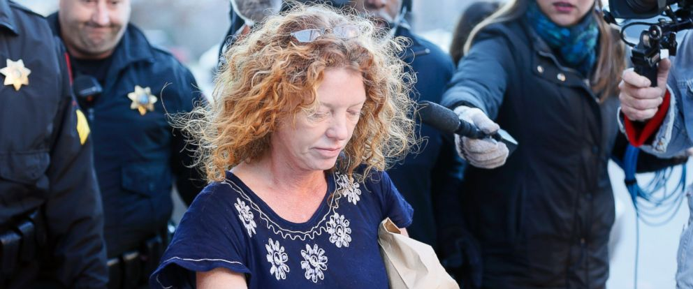"""PHOTO: Tonya Couch, the mother of a Texas teen who used an """"affluenza"""" defense in a drunken wreck, leaves Tarrant County Jail, Jan. 12, 2016, in Fort Worth, Texas."""