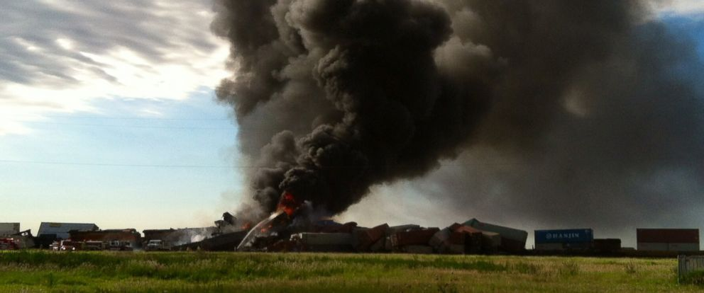 PHOTO: Ttwo freight trains burn after they collided and derailed near Panhandle, Texas, June 28, 2016.
