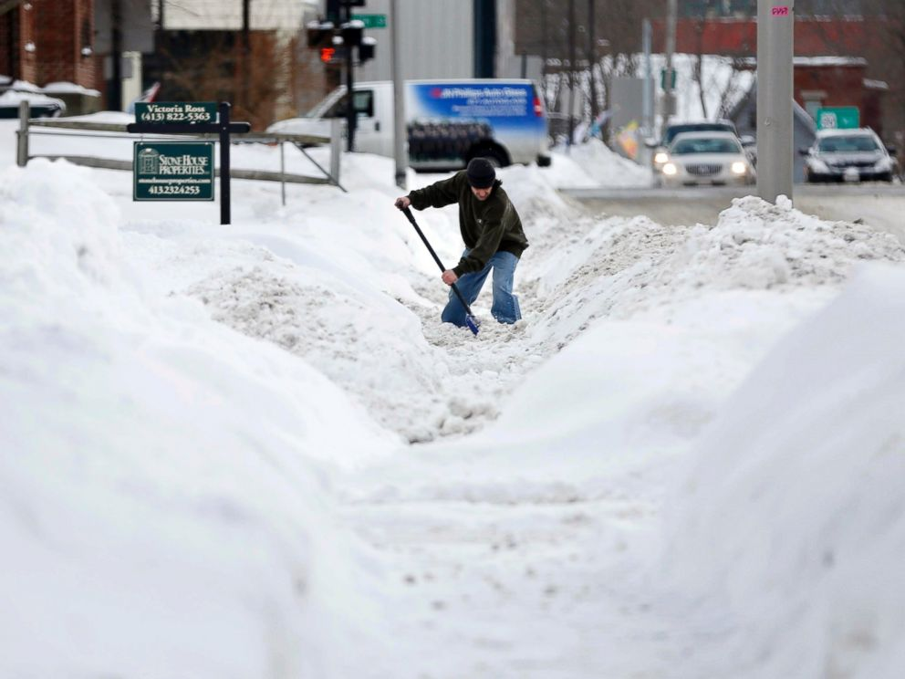 PHOTO: A resident digs out after yet another snowfall, Thursday, Feb. 5, 2015, in Pittsfield, Mass.