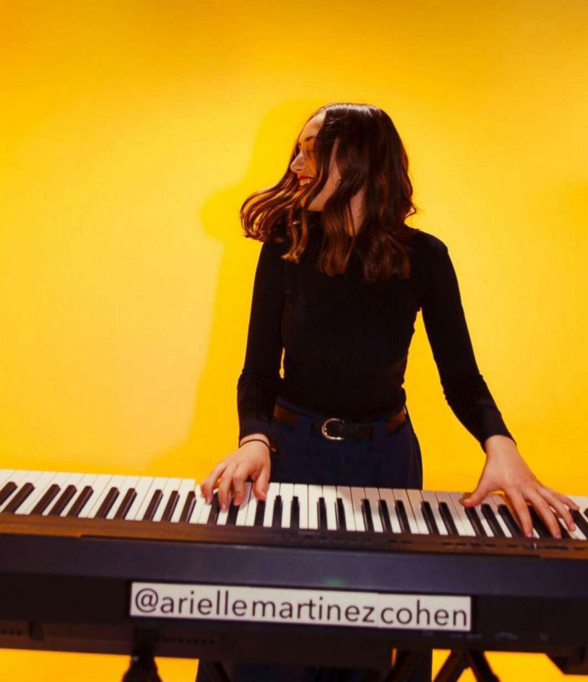PHOTO: The 16-year-old behind @ariellemartinezcohen, is a singer/songwriter who uses her account to promote art as activism. She created a song for all those affected by school shootings and performed it @marchforourlivesla.