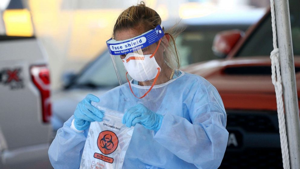 Atlanta mayor announces coronavirus rollback, governor refutes plan
