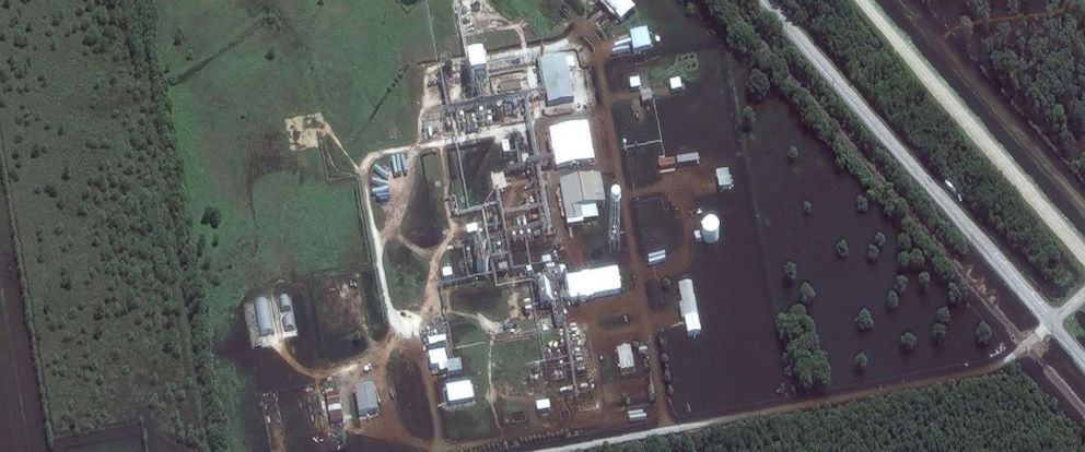 PHOTO: This combination of satellite images provided by DigitalGlobe shows the Arkema Inc. chemical plant in Crosby, Texas, on Jan. 29, 2017 and Aug. 31, 2017.
