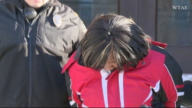 VIDEO: Shantia Dennis, 26, is accused of selling heroin at a Pittsburgh McDonalds.