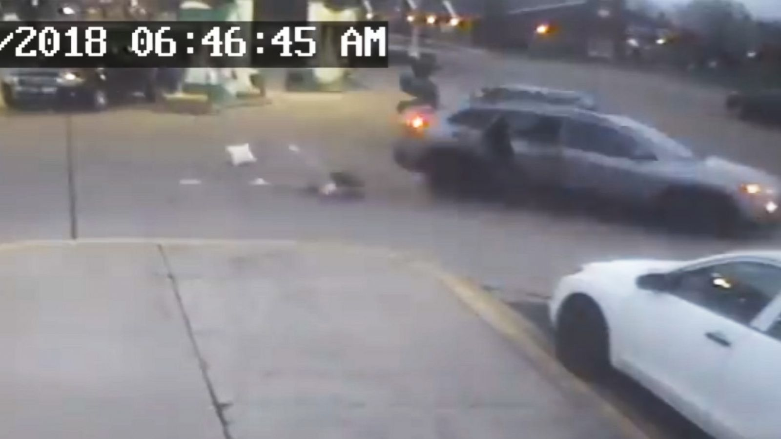 11-year-old girl seen jumping out of suv amid carjacking at gas