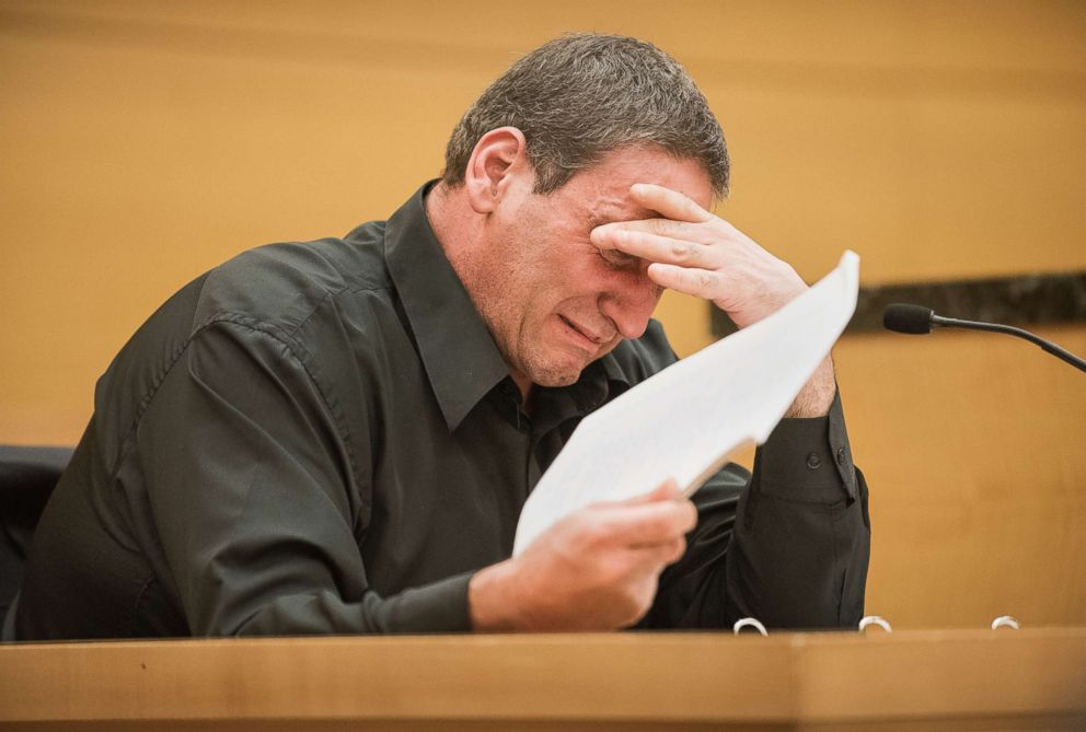 PHOTO: John Avitto becomes tearful while apologizing to John Guica for what he claims was false testimony, at Justice Chuns temporary courtroom in the Kings County Supreme Court in downtown Brooklyn, New York, Nov. 16, 2015.