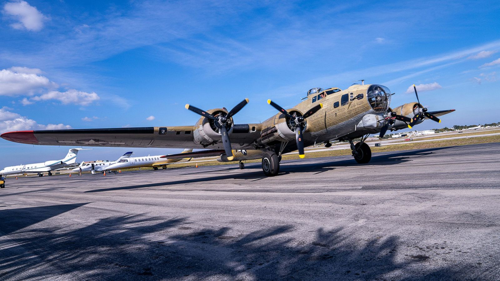 97 Year Old Wwii Veteran Takes Ride In B 17 Bomber To Celebrate
