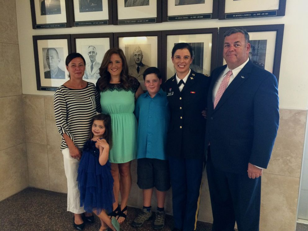 PHOTO: Army 1st Lt. Kathryn Bailey with her stepmom Siobhan Dwyer, siblings Brigid Bailey, Jessica Lallier, and Fionn Bailey, and father Thomas Bailey.