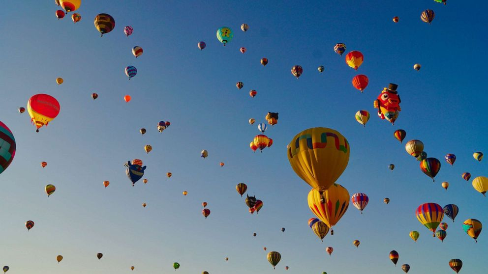 Balloon Festival 2020 Nc.2 People Ejected From Hot Air Balloon That Later Caught Fire