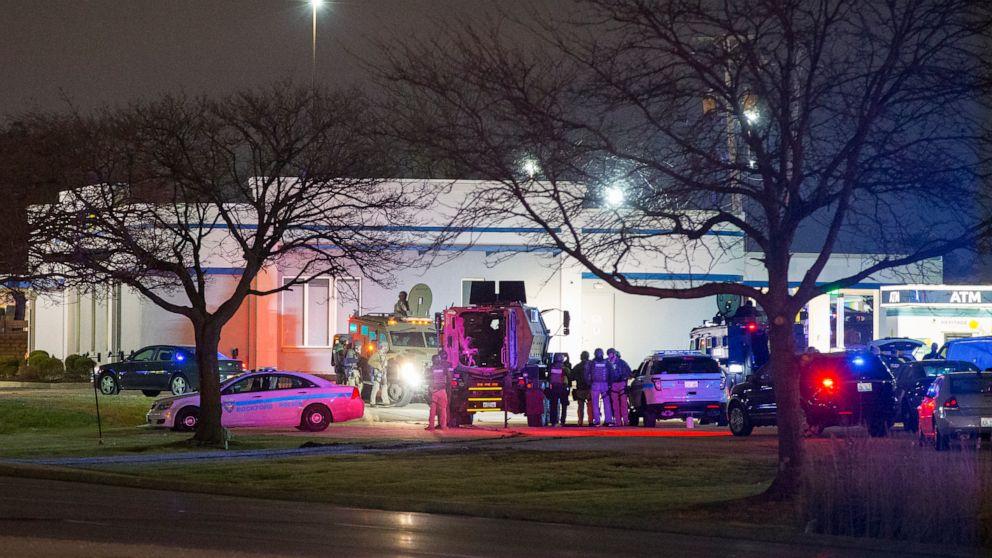 疑惑のある銀行強盗を持従業員の人質中に6時間の離:警察