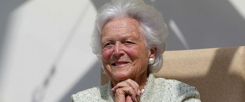 PHOTO: In a Thursday, Aug. 22, 2013, file photo, former first lady Barbara Bush listens to a patients question during a visit to the Barbara Bush Childrens Hospital at Maine Medical Center in Portland, Maine.
