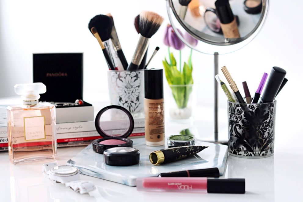 beauty makeup table vegan dates expiration favorite display long friendly brands them which close keep