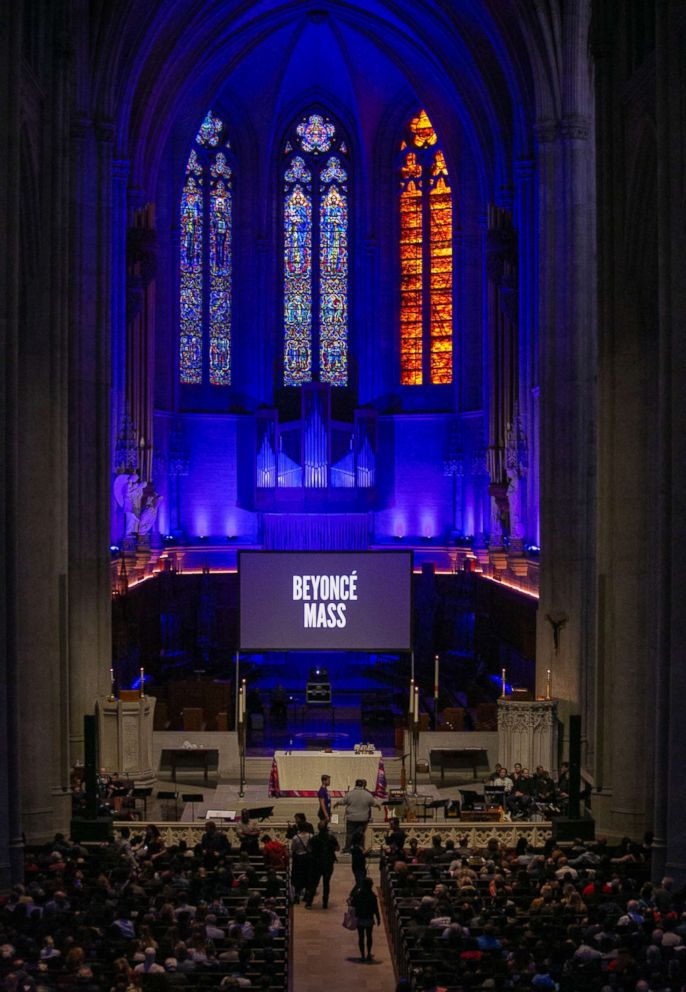 PHOTO: Grace Cathedral in San Francisco, held a Beyonce-themed mass, April 25, 2018.