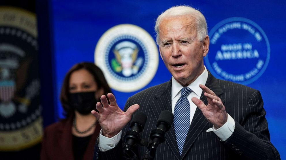 Biden says he will replace the entire federal fleet with electric vehicles