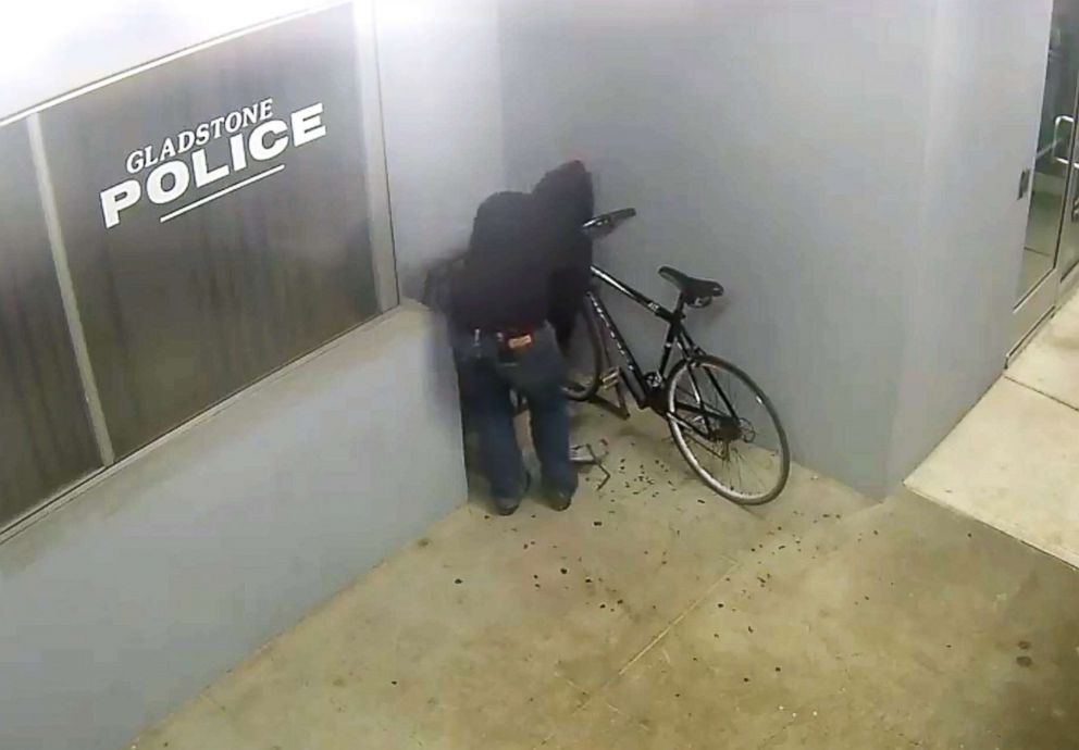 PHOTO: Adam Valle was arrested as he allegedly attempted to steal a bike from outside police station in Oregon.