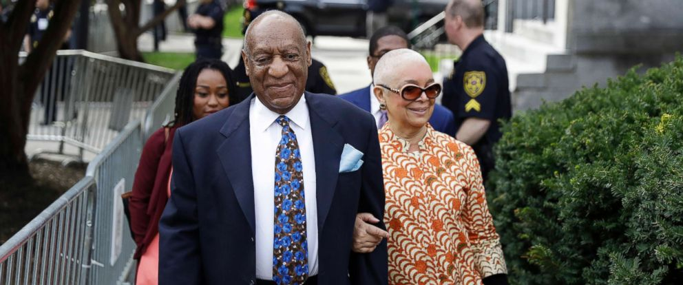 PHOTO: Bill Cosby arrives with his wife, Camille, for his sexual assault trial, April 24, 2018, at the Montgomery County Courthouse in Norristown, Pa.