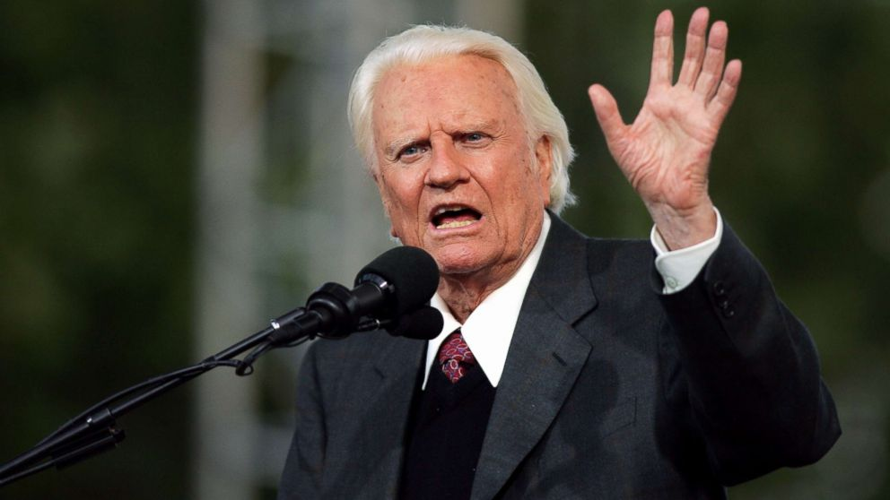 The Rev. Billy Graham, 86, delivers his sermon to a crowd of about 80,000 on the second day of the Greater New York Billy Graham Crusade at Flushing Meadows-Corona Park in Queens, New York, June 25, 2005.