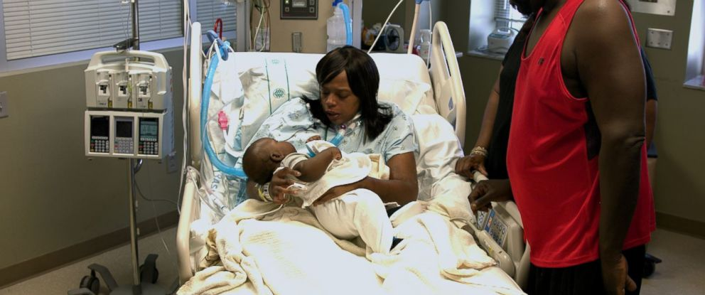 PHOTO: Danielle Gaither underwent open heart surgery and a C-section simultaneously saving the life of her and her son, Feb.y 21, 2017, at Carolinas Medical Center in Charlotte, N.C.