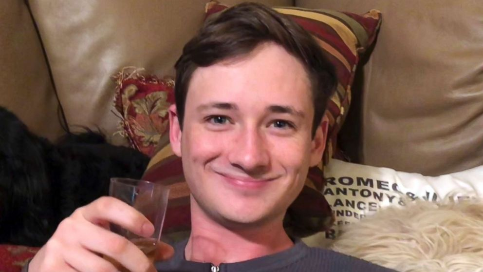 https://s.abcnews.com/images/US/blaze-bernstein-missing-ap-thg-180108_16x9_992.jpg