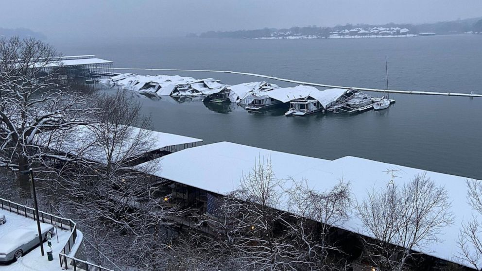 12 rescued from houseboats after winter storm causes dock collapse