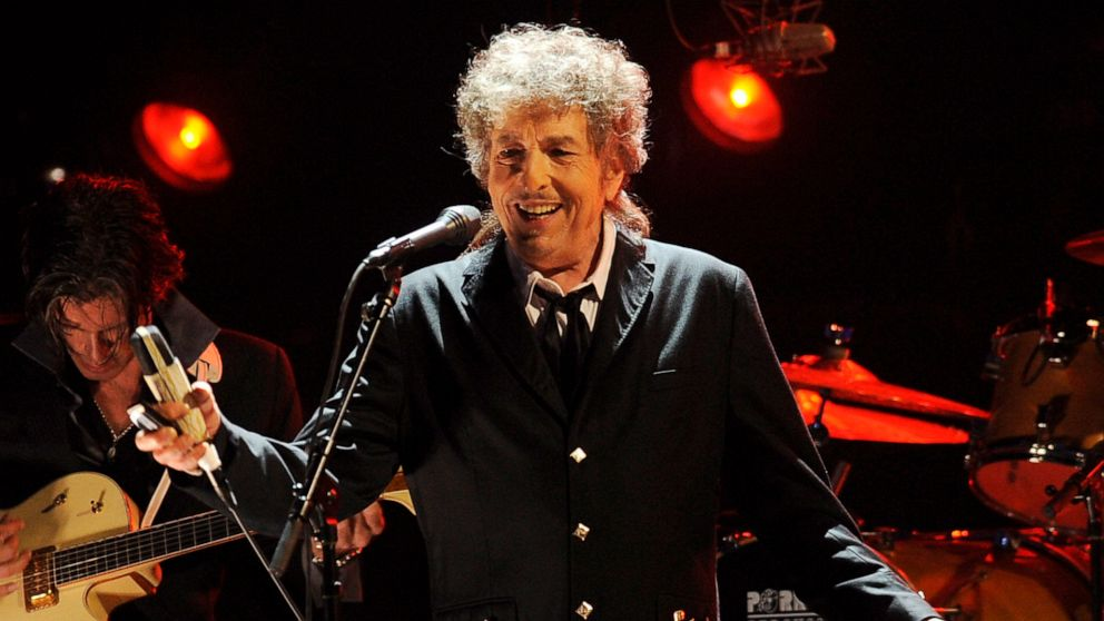 Bob Dylan sells entire music catalog spanning more than 600 songs over 60 years