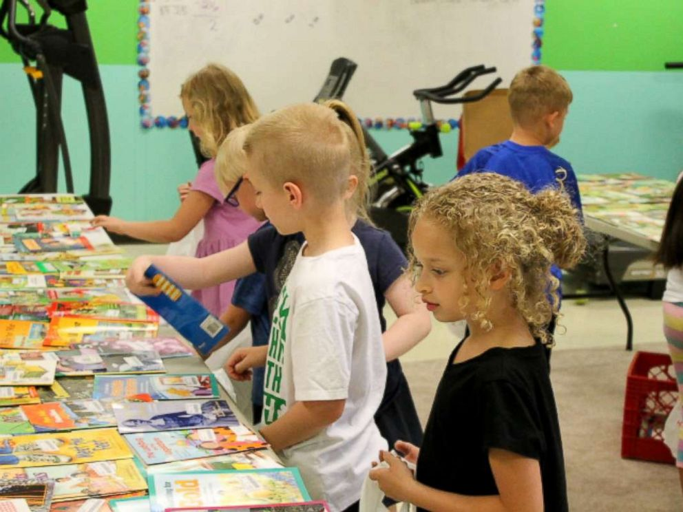 PHOTO: Students at South Polk Elementary School in Old Fort, Tennessee on Free Book Giveaway Day in May 2018.
