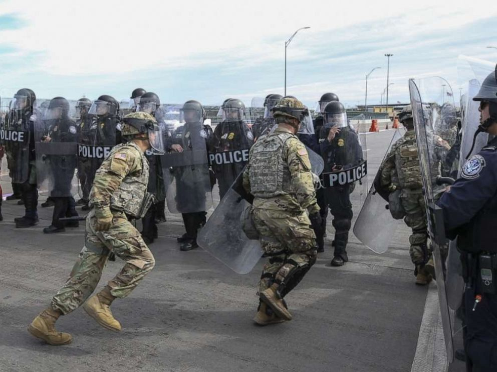 PHOTO: Soldiers with the 66th Military Police Company rehearse lane closures with U.S. Customs and Border Protection officers at the Camino Real International Bridge in Eagle Pass, Texas, Feb 7, 2019.