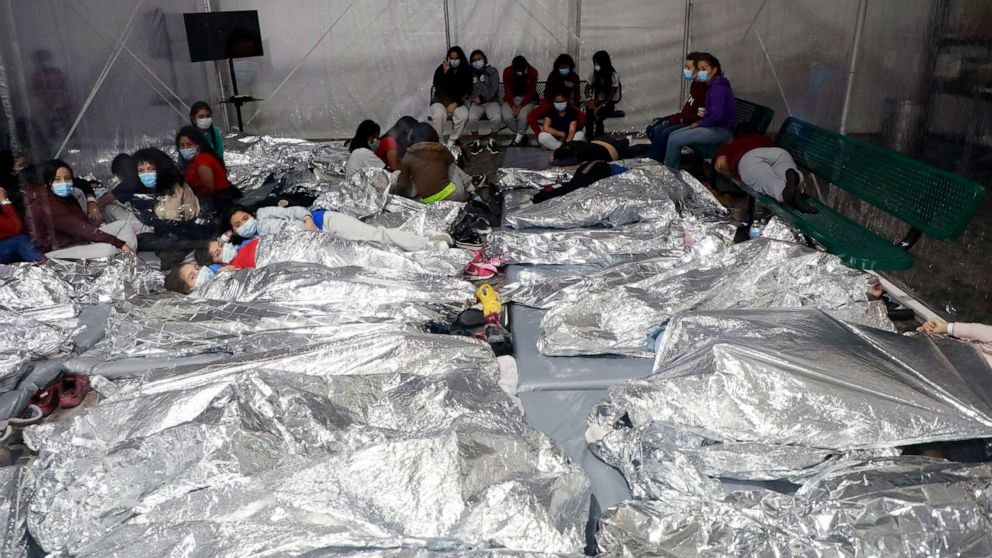 Biden administration releases video from inside crowded migrant detention  facilities - ABC News