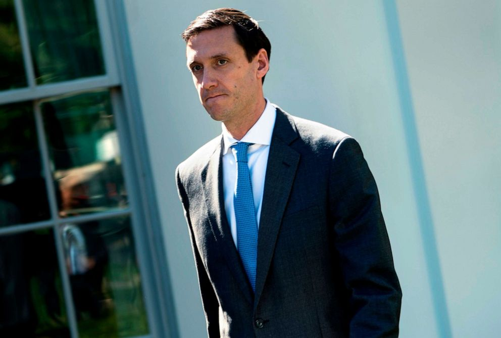 PHOTO: Tom Bossert walks out of the White House campus September 28, 2017 in Washington, DC.