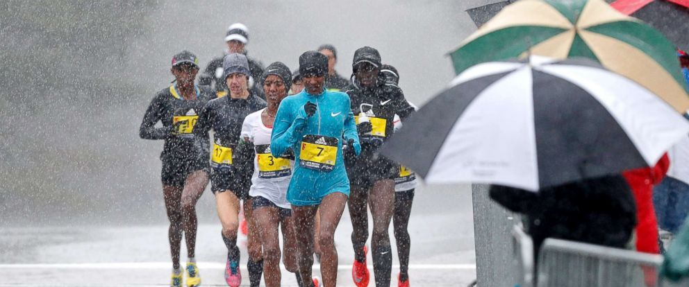 PHOTO: Mamitu Daska (ETH) leads the field during the 2018 Boston Marathon, Apr 16, 2018.