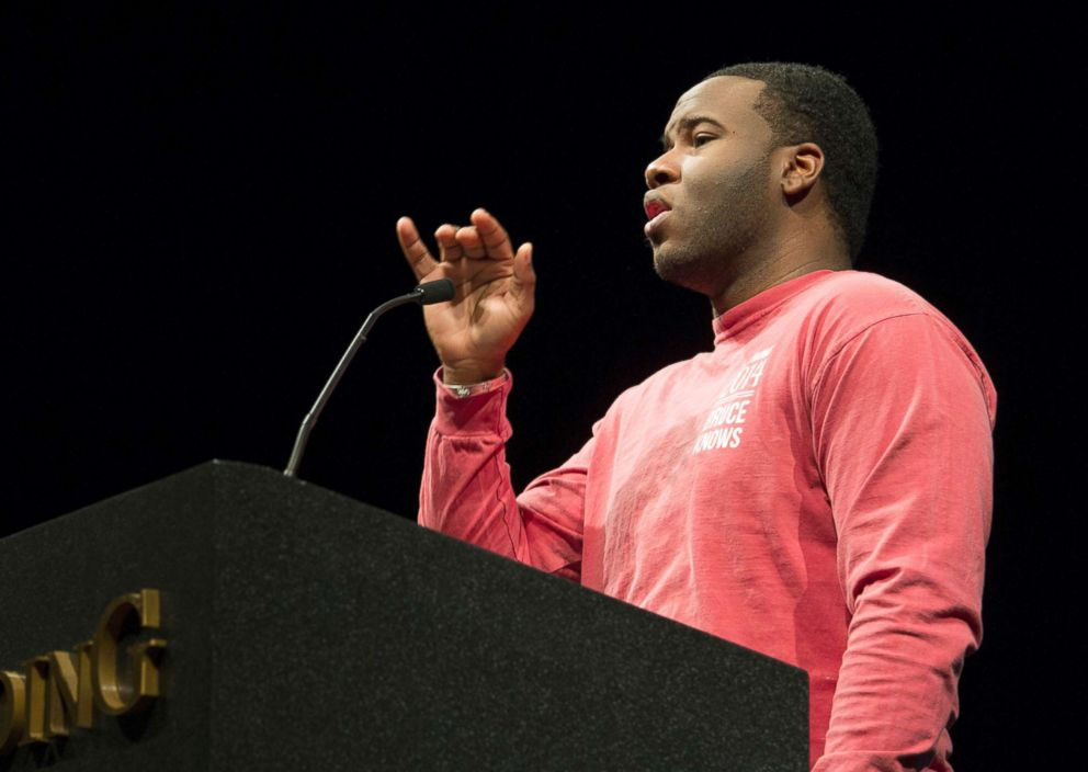 PHOTO: Botham Jean speaks at Harding University, March 24, 2014.