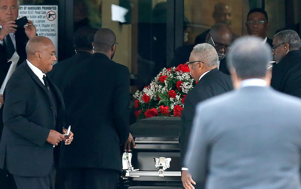 PHOTO: The casket carrying Botham Shem Jean arrives at Greenville Avenue Church of Christ on Sept. 13, 2018 in Richardson, Texas.