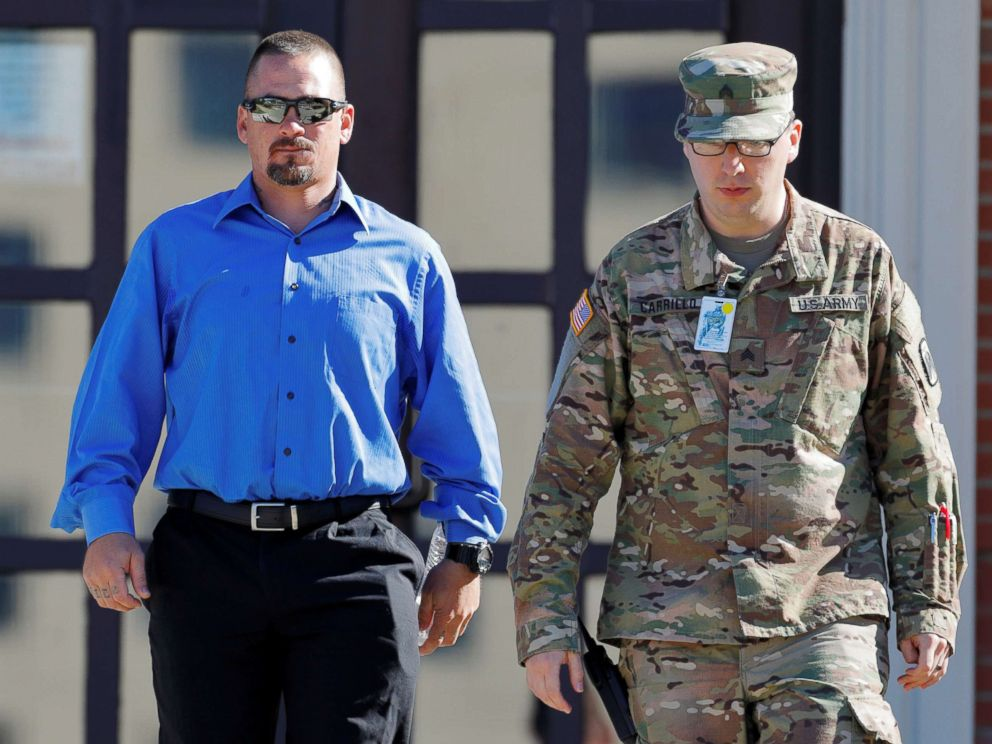 PHOTO: Jason Walters (L) a former Army Ranger who participated in the search for Sergeant Bowe Bergdahl leaves the courthouse after testifying in the sentencing proceedings of Bergdahls court martial at Fort Bragg, N.C., Oct. 26, 2017.