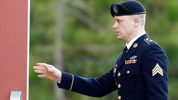 Fellow soldiers, intelligence analyst testify in Bergdahl's defense: He's a 'gold mine'