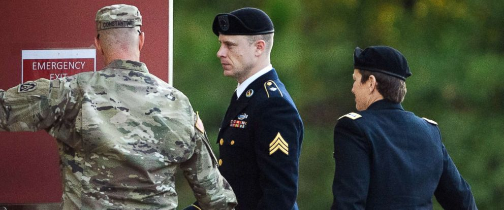 PHOTO: Sgt. Bowe Bergdahl, center, arrives to the Fort Bragg courtroom facility for a sentencing hearing on Friday, Nov. 3, 2017, on Fort Bragg, N.C.