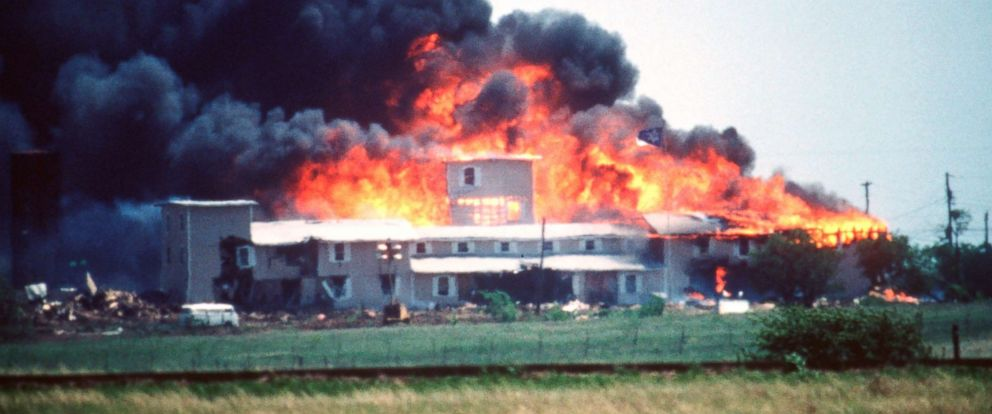 PHOTO: Fire consumes the Branch Davidian Compound during the FBI assault to end the 51-day standoff with cult leader David Koresh and his followers, April 19, 1993.