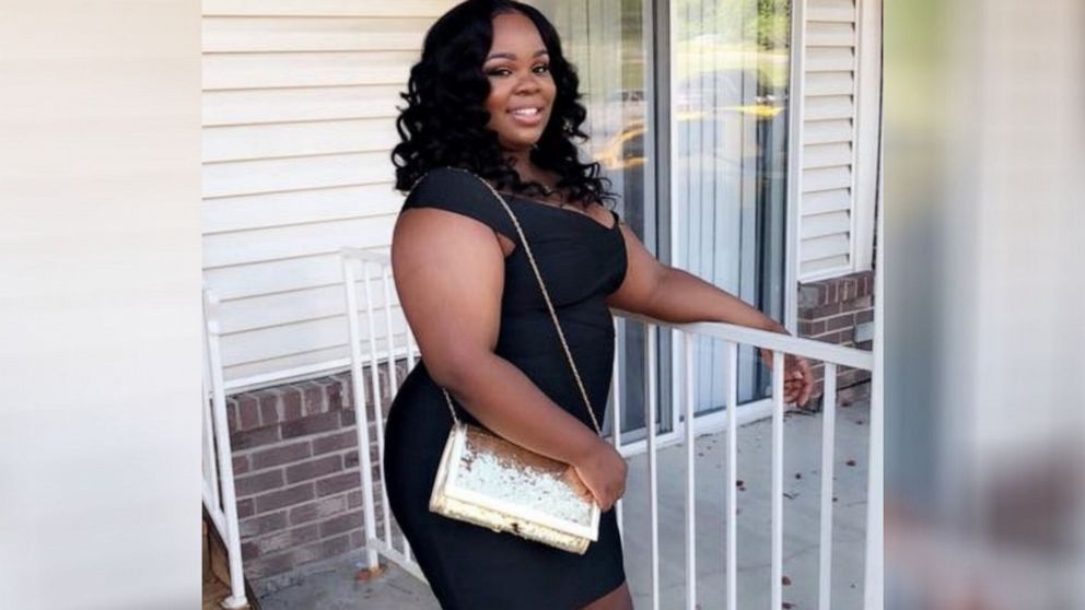 New details emerge in chaotic moments after Breonna Taylor shooting