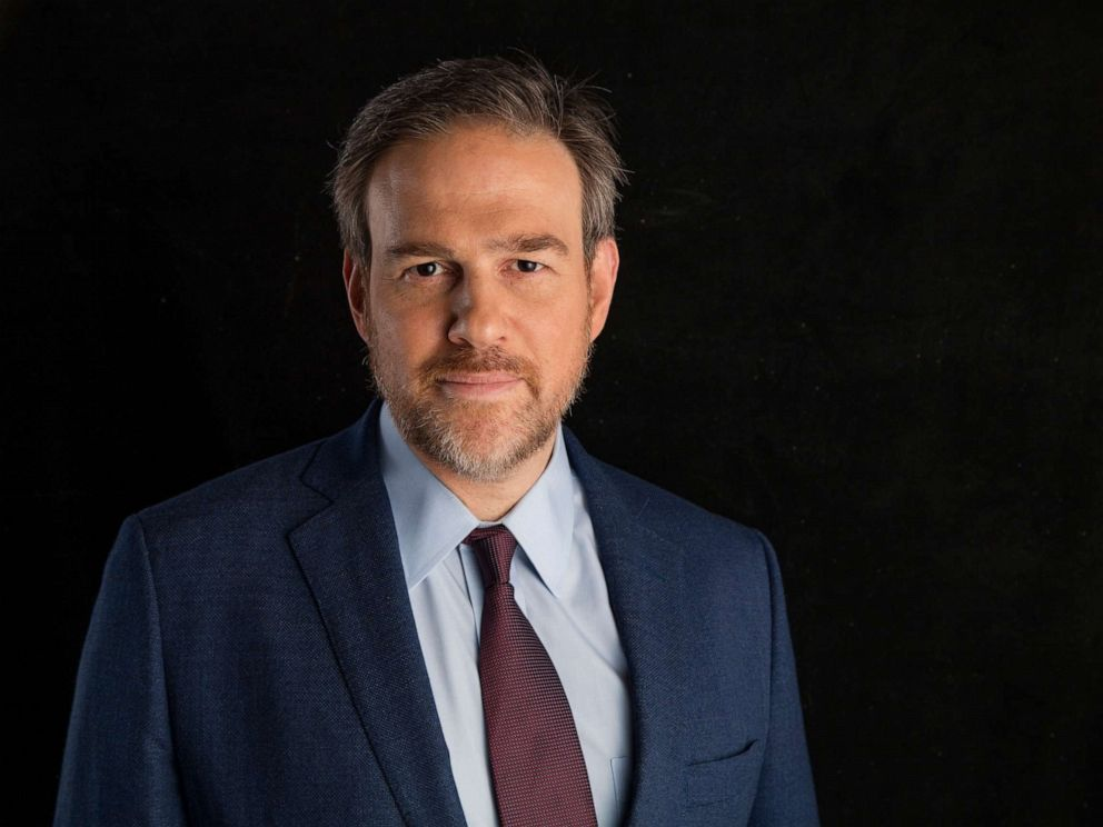 Ex-ADL Chief Defends Bret Stephens in Bedbug Brouhaha