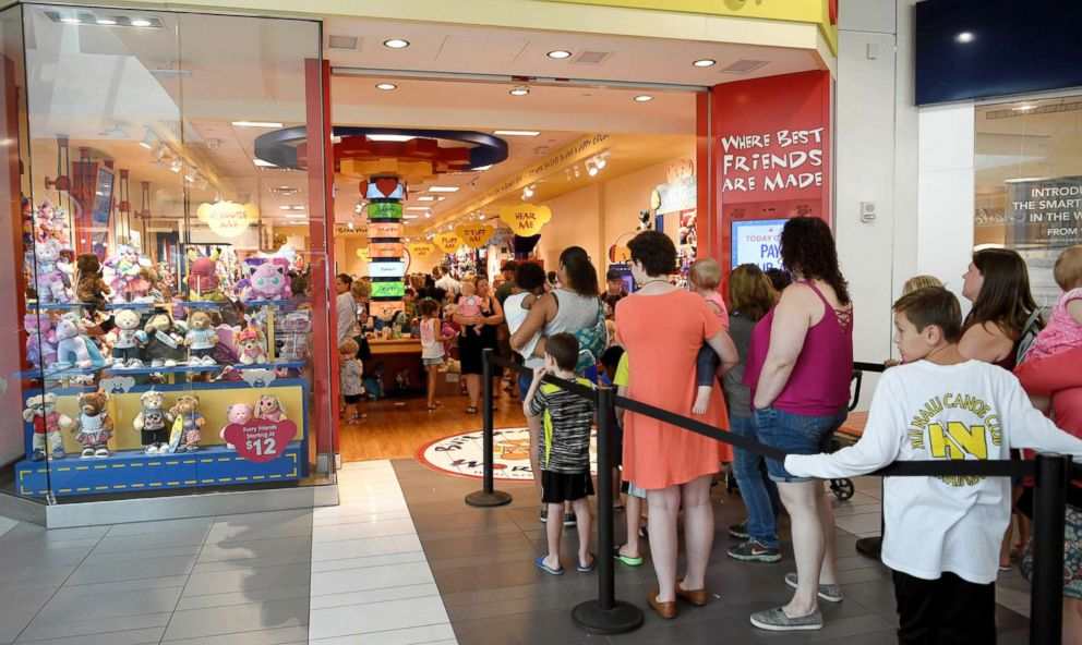 PHOTO: Fans wait in line for Build-a-Bears Pay Your Age sale at Cool Springs Galleria Franklin, TN, July 12, 2018.