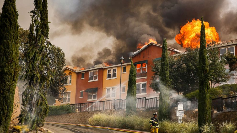 The Tubbs fire tears through the Overlook apartment complex off of Bicentennial Way in Santa Rosa, Calif., Oct. 9, 2017.