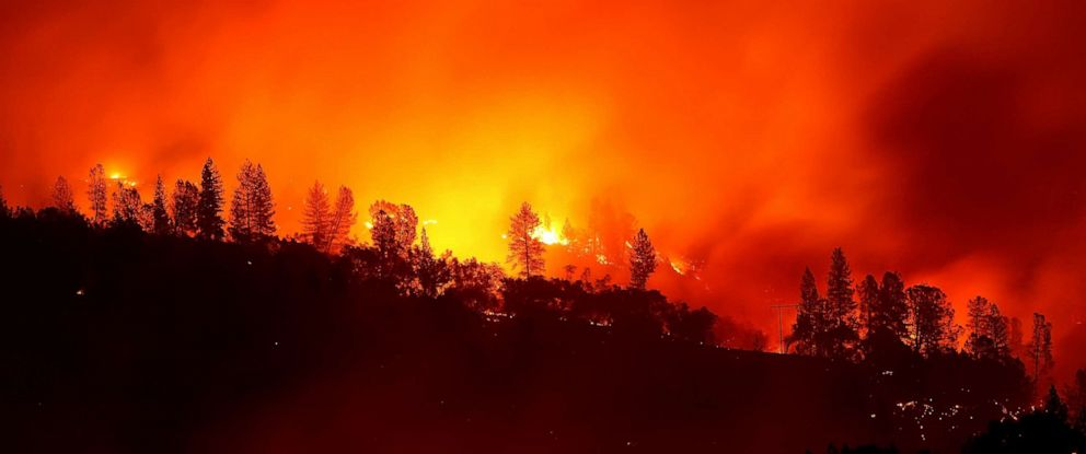 PHOTO: The Camp Fire burns in the hills, Nov. 11, 2018 near Oroville, Calif.