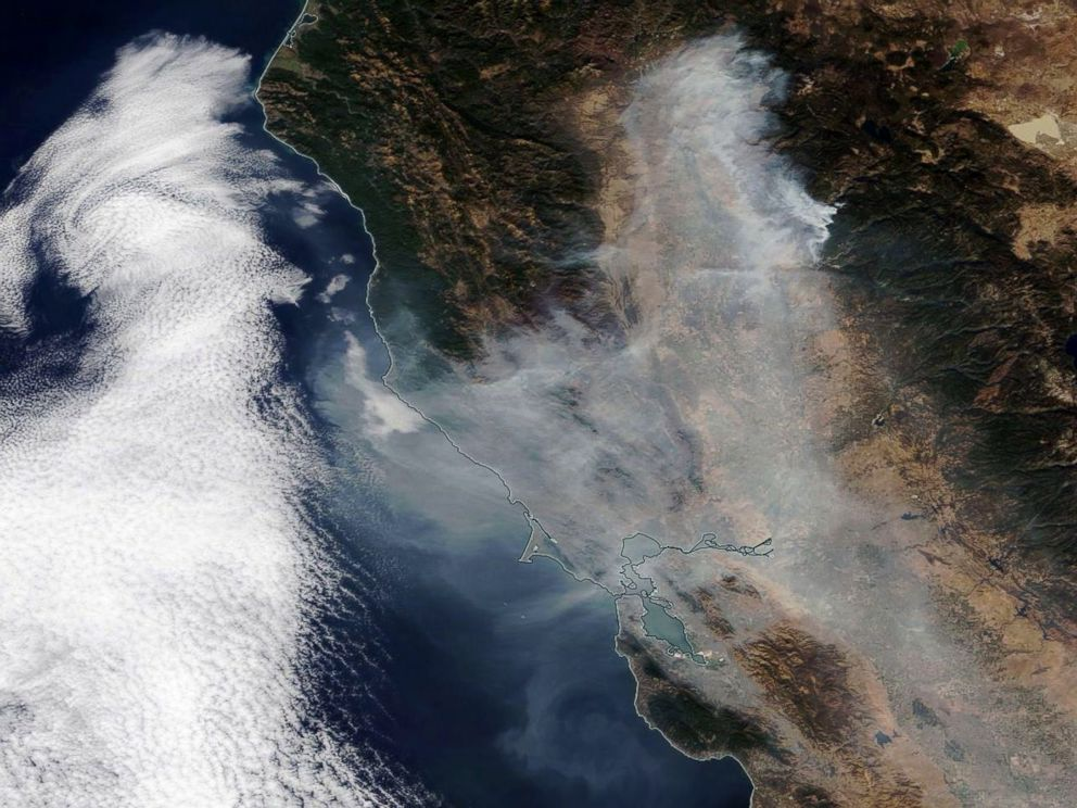 PHOTO: Smoke from the Camp Fire spreading over Northern California towards the Pacific Ocean, Nov. 16, 2018.