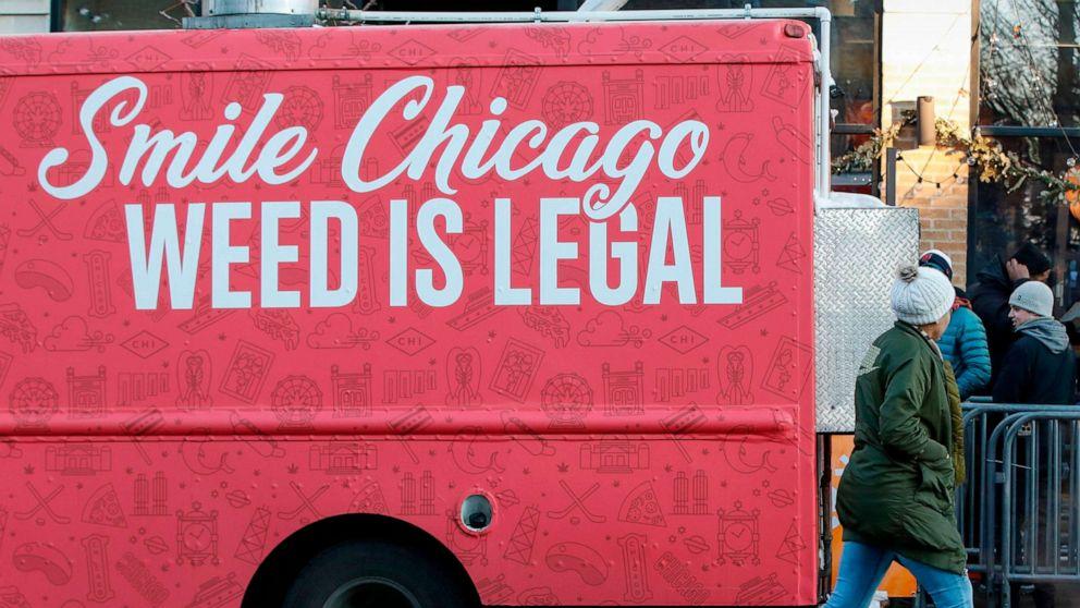 recreational dispensary chicago 2020