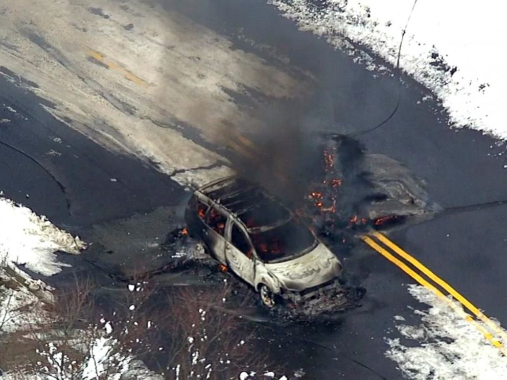 Fatal auto fire after driver tries to avoid downed power line