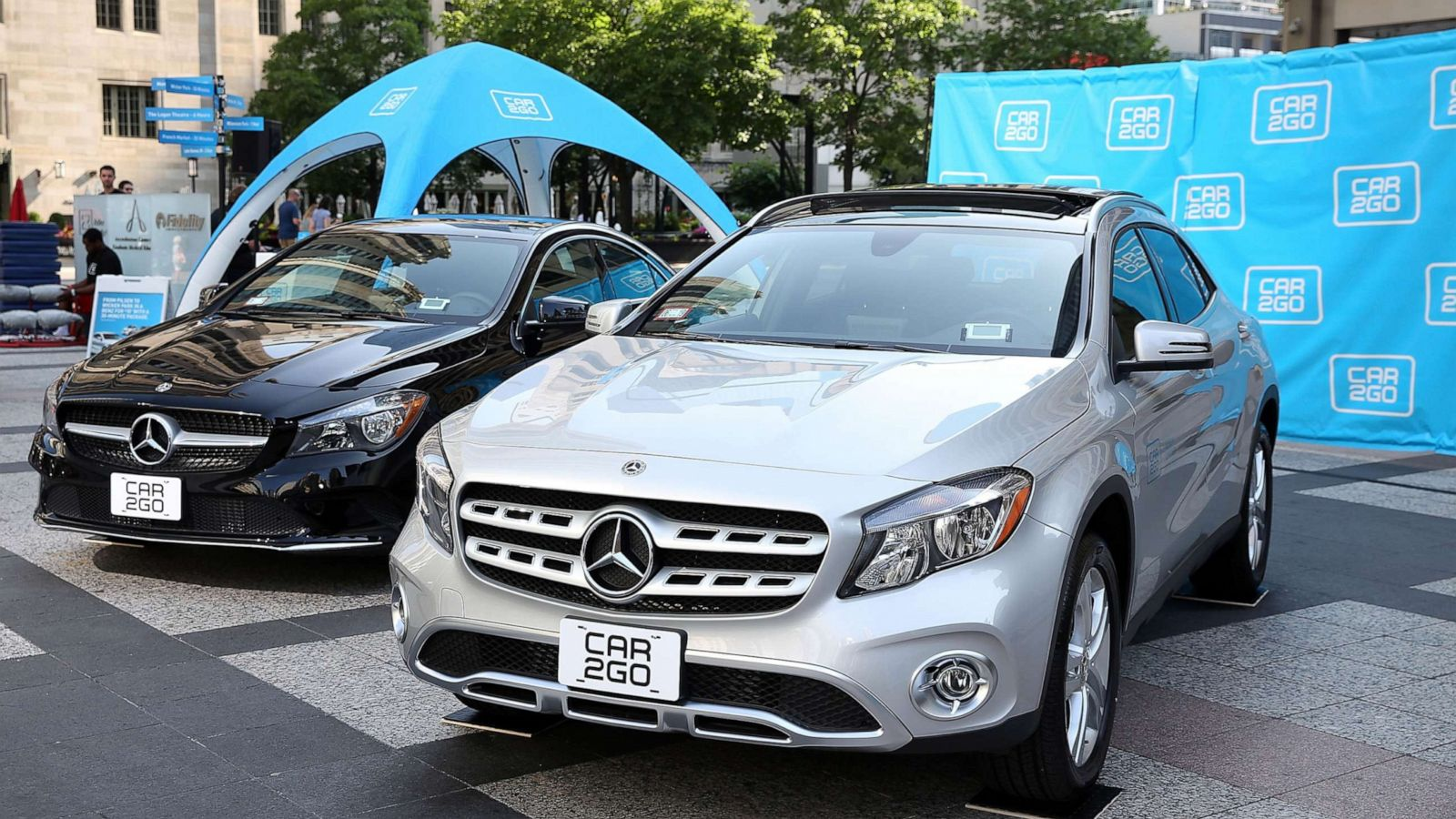 Car To Go >> 21 Charged After Dozens Of Mercedes Stolen From Car Sharing