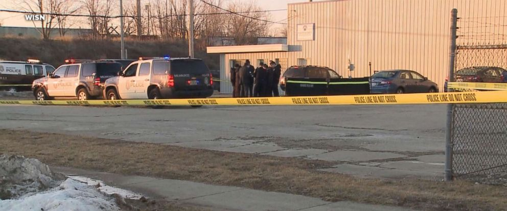PHOTO: The scene outside Milwaukee MachineTool Corporation after an employee with a concealed carry permit shot and killed a man who attempted to carjack him.
