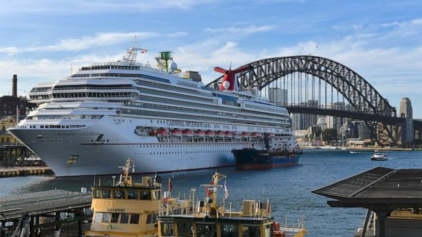 Cruise lines to voluntarily suspend operations at US ports ...